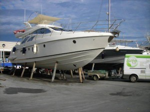 decapage antifouling vedette