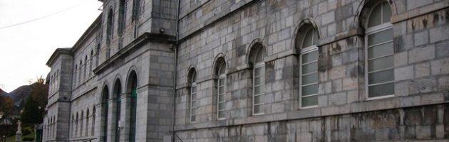 nettoyage façade bagneres